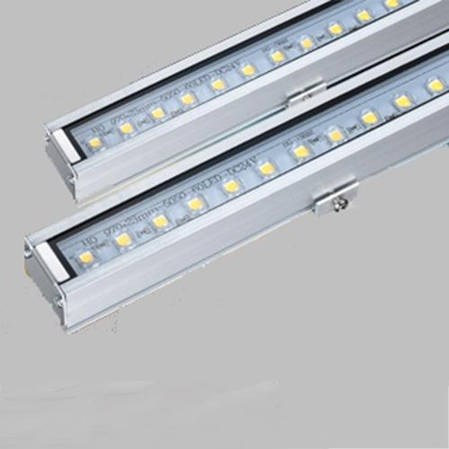 L12-565线型洗墙灯